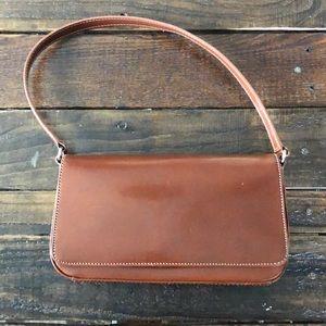 💥 4 for $20 - Fossil Vintage Leather Shoulder Bag